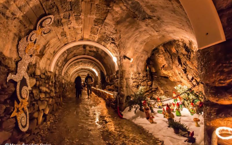 La Grotta Di Babbo Natale.La Vera Grotta Di Babbo Natale A Ornavasso Provincia Di Verbania